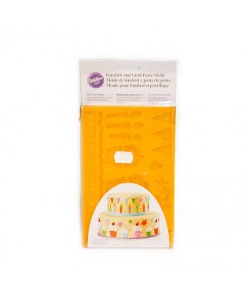 CAKE MOLDE FONDANT FIESTA INFANTI12,5CM.REF.526240